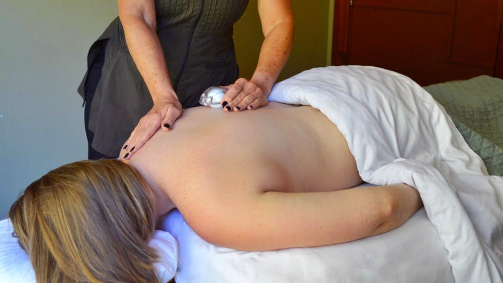 Ritz-Carlton golf ball massage