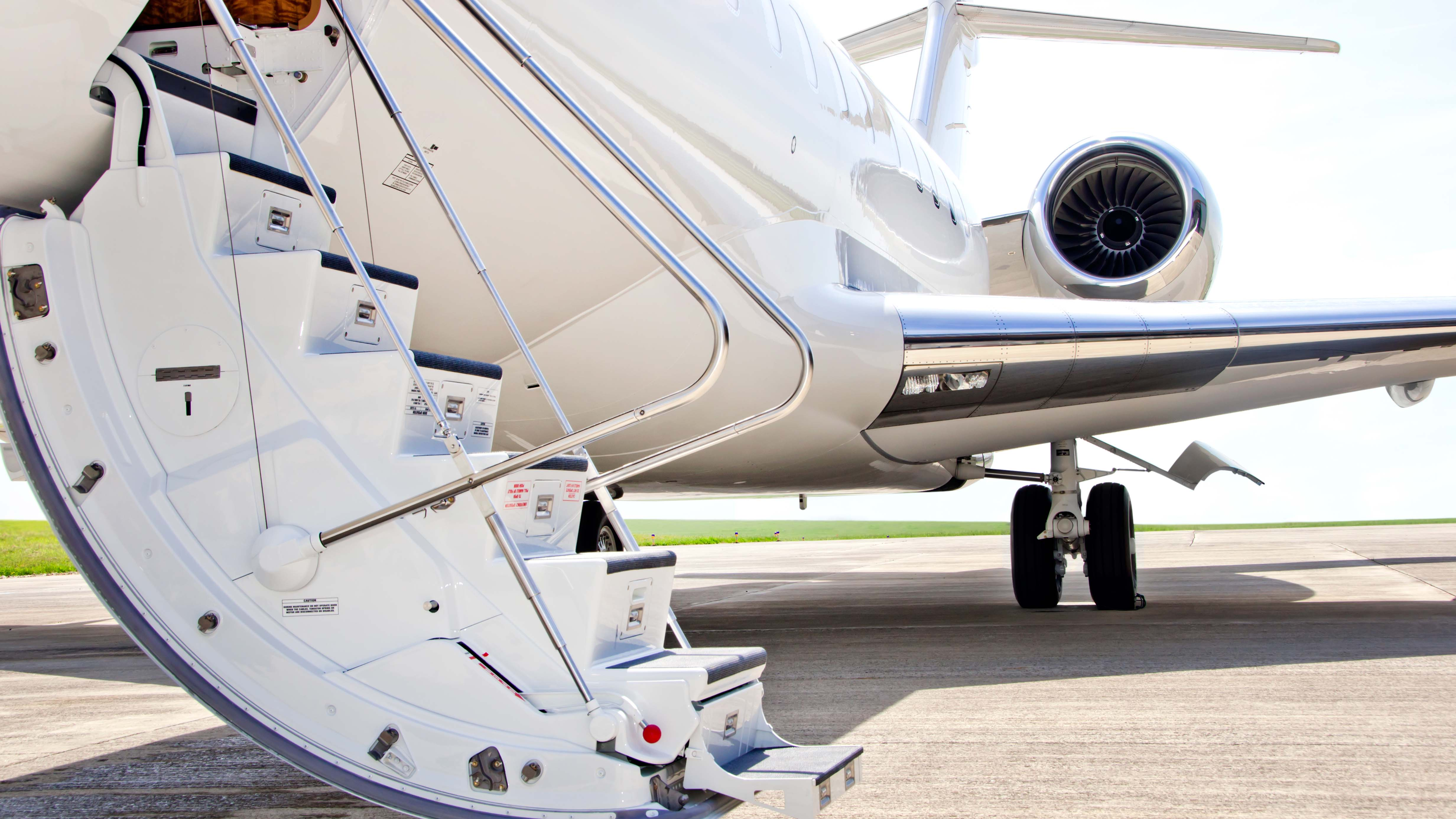 private aviation charter jet Bombardier yacht