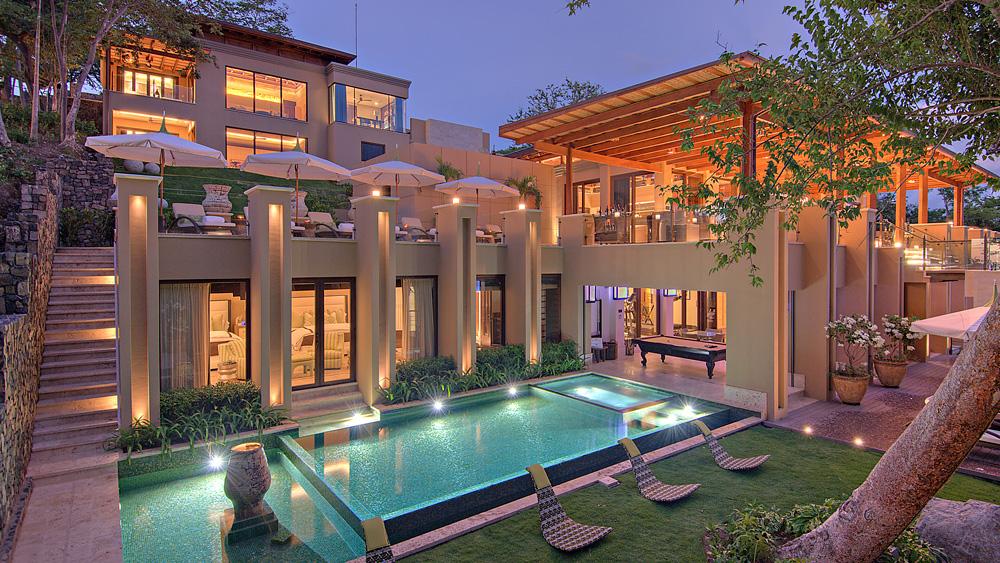 Villa Manzu evening exterior