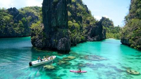 Pangulasian Island kayak