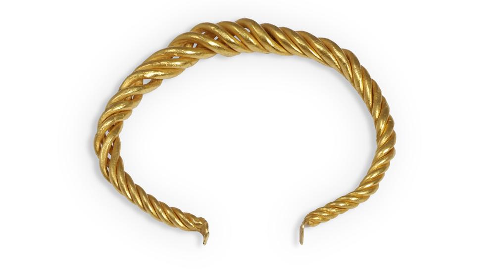 Symbolic and Chase Viking bangle