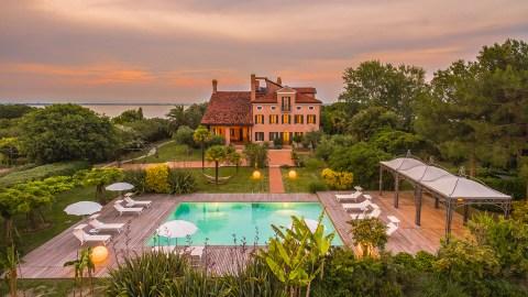 Venice private island villa and swimming pool