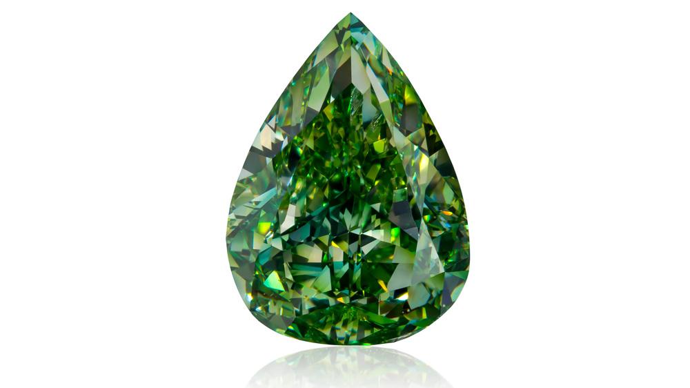 Vivid Yellowish Green diamond