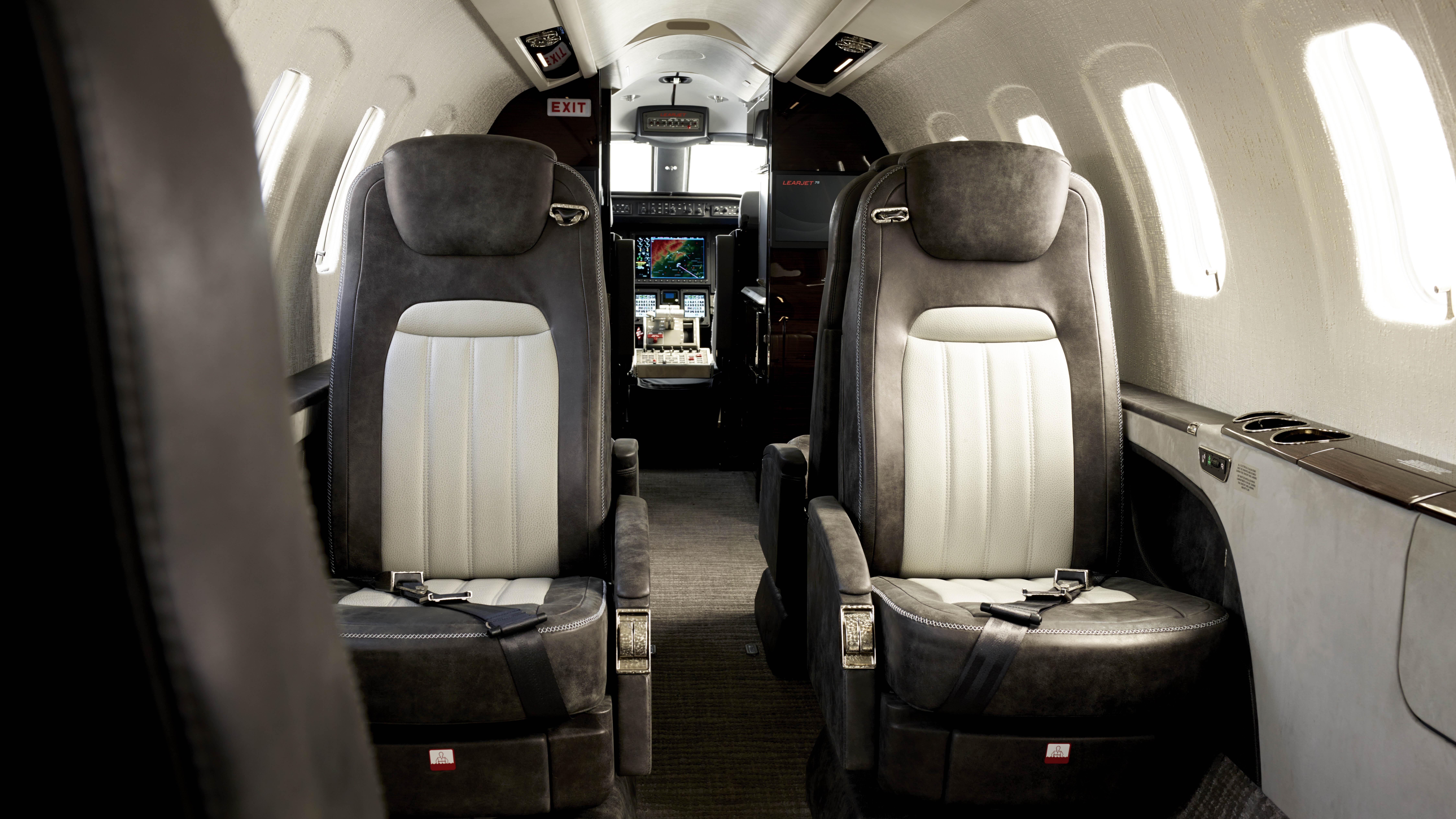 Flexjet Learjet 75 business jet private aviation