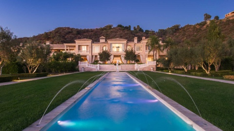 mansion in Beverly Hills