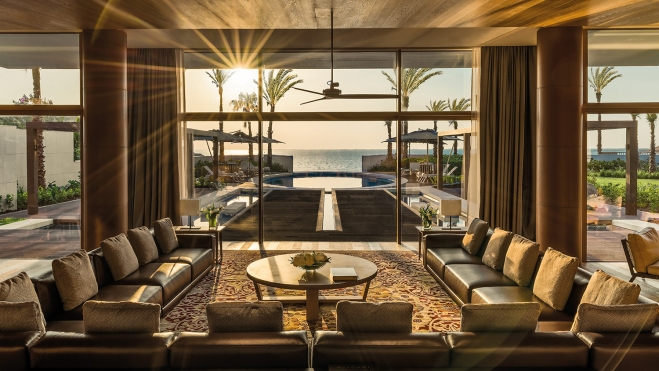 luxury villa in Dubai