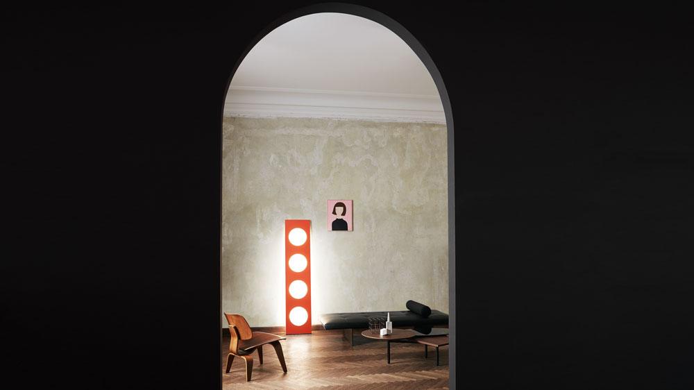 Dolmen light by Foscarini