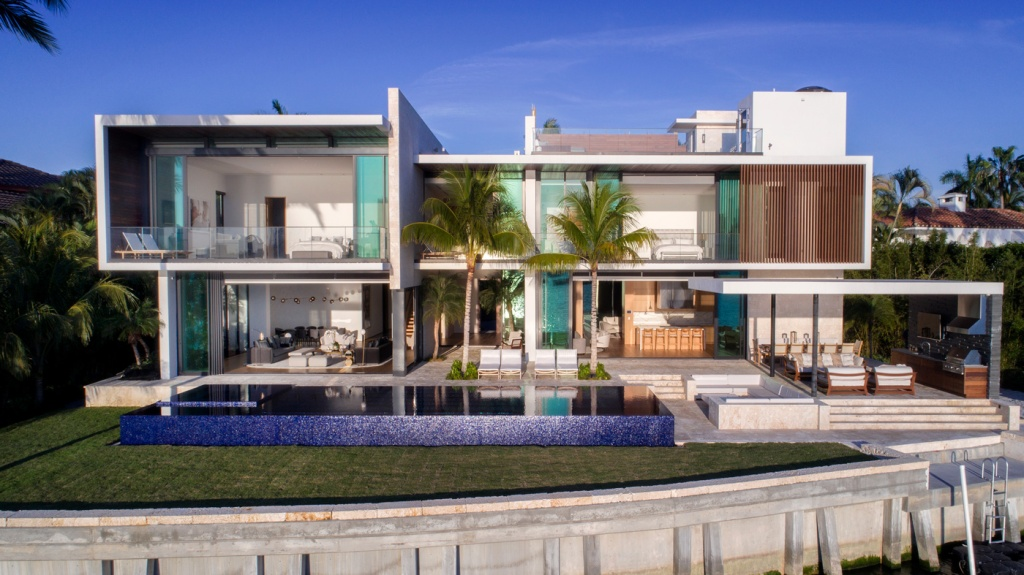 two-story house in Miami Beach