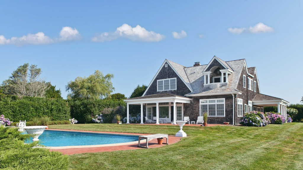 Grey Gardens House in the Hamptons