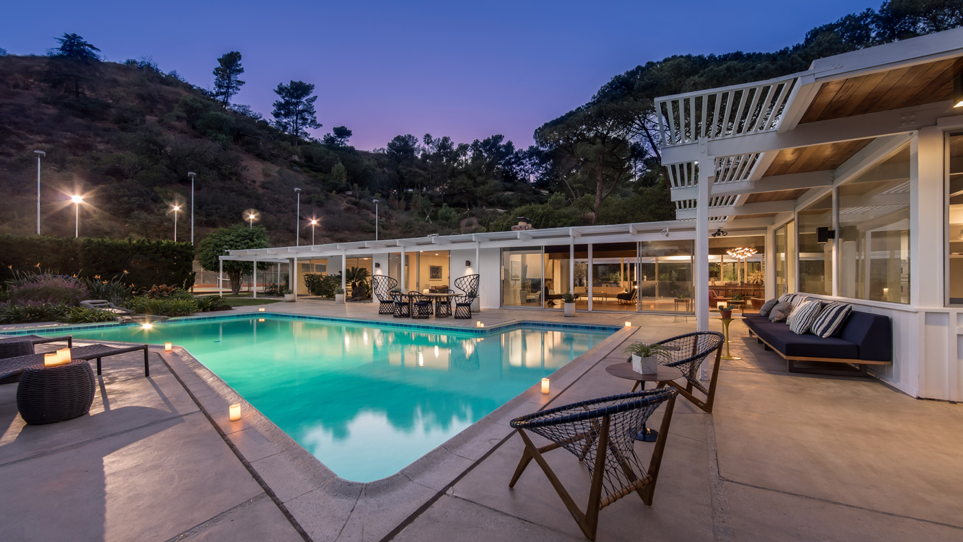 Image of: Mid Century Modern Home In Los Angeles Lists For 9 3 Million Robb Report