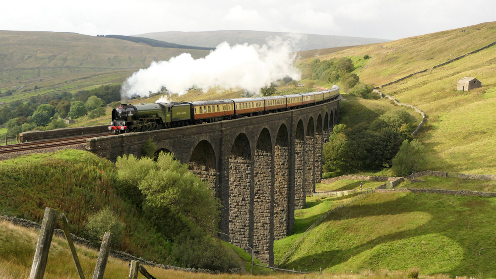 Golden Eagle Luxury Trains's Tour of England