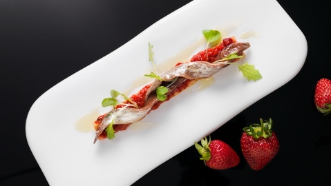 anchovy toast strawberry