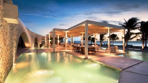 Time + Tide Miavana resort