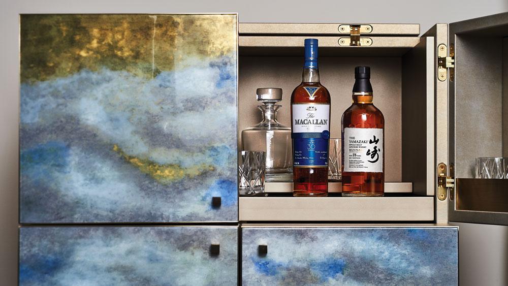 Club Bar cabinet by Armani/Casa