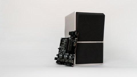 B&O Beocreate 4 Channel Amplifier with Beovox CX50 soeaker