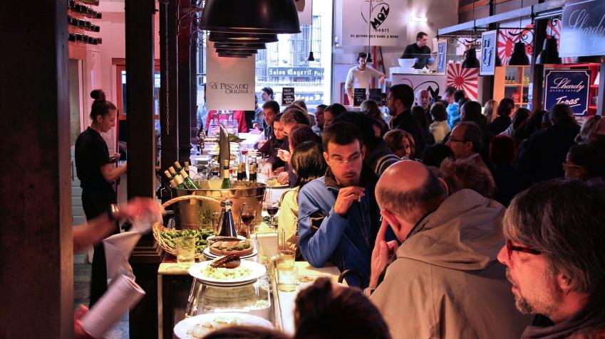 loud restaurant bar