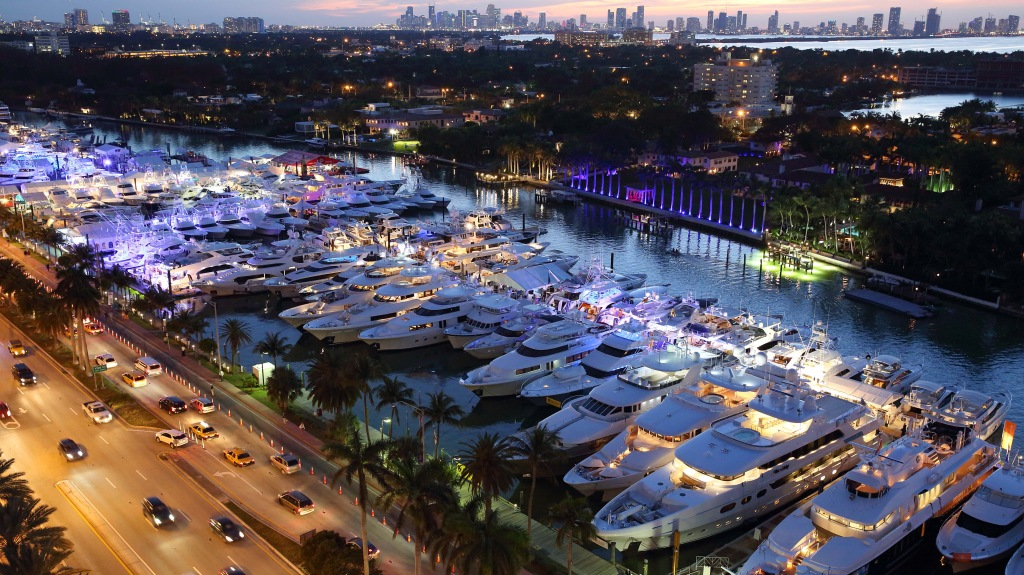 Miami Yacht Show on Collins Avenue