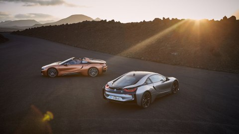 The 2019 BMW i8 Coupe and Roadster.