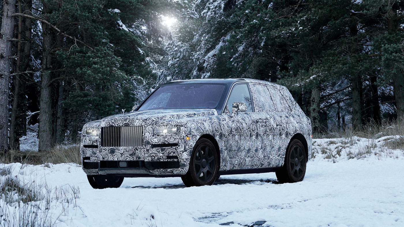 The Rolls-Royce Cullinan in the snow.
