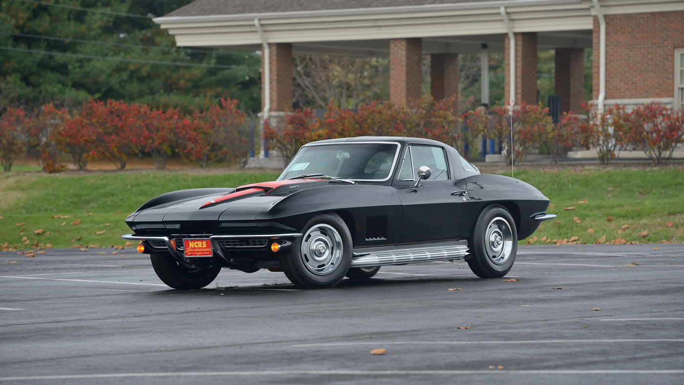 The 1967 Chevrolet Corvette Coupe which garnered a top bid of $583,000 at Mecum's 2018 Kissimmee auction.