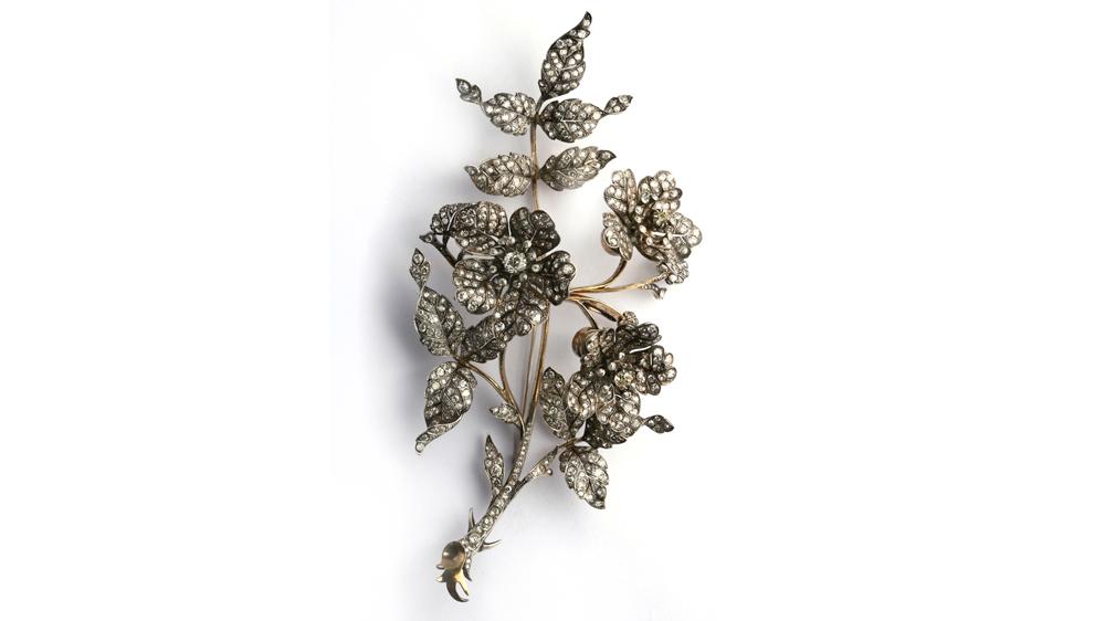 Eleuteri vintage brooch