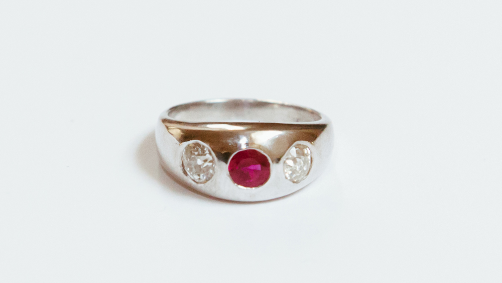 Toni and Chloe Goutal ring