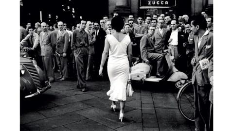 "Mario De Biasi's ""Italiani si voltano (Italians turn around),"" 1954."