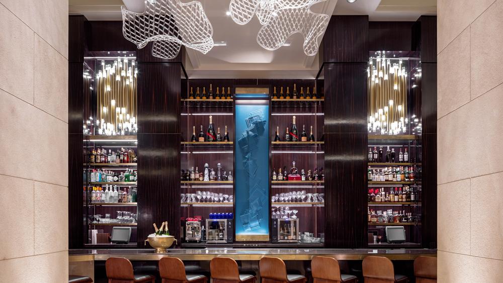 Hotel Crescent Court bar