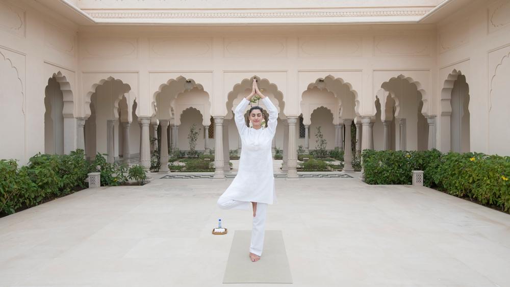 Oberoi Sukhvilās yoga