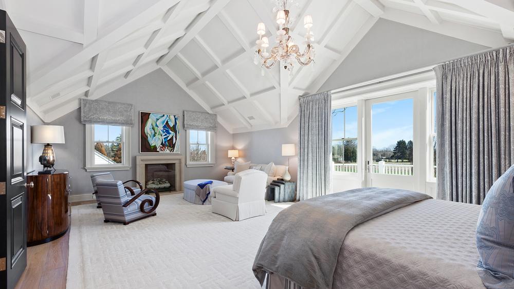 6 Calf Creek bedroom