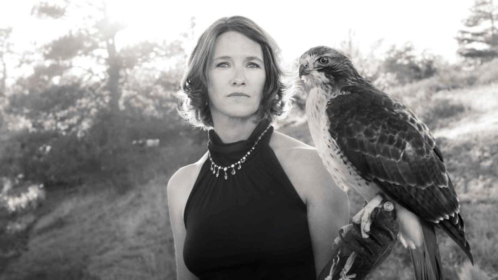 Q&A with falconer Deanna Curtis