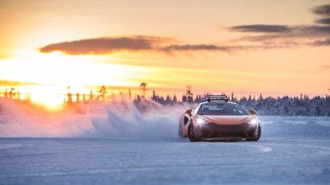 A McLaren 570S drifts during the Pure McLaren Arctic Experience.