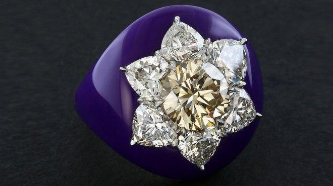 James de Givenchy ring remake