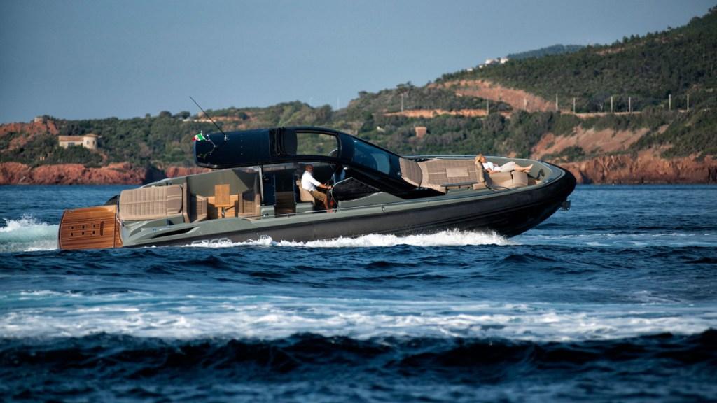 Sacs Marine Rebel 47 Open tender