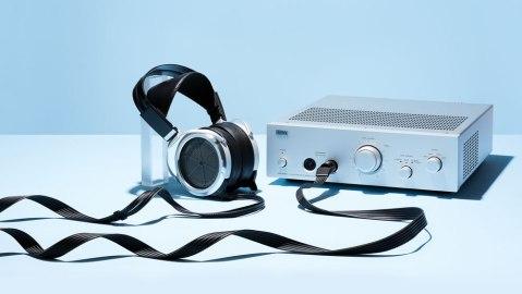 SRM-T8000 amplifier