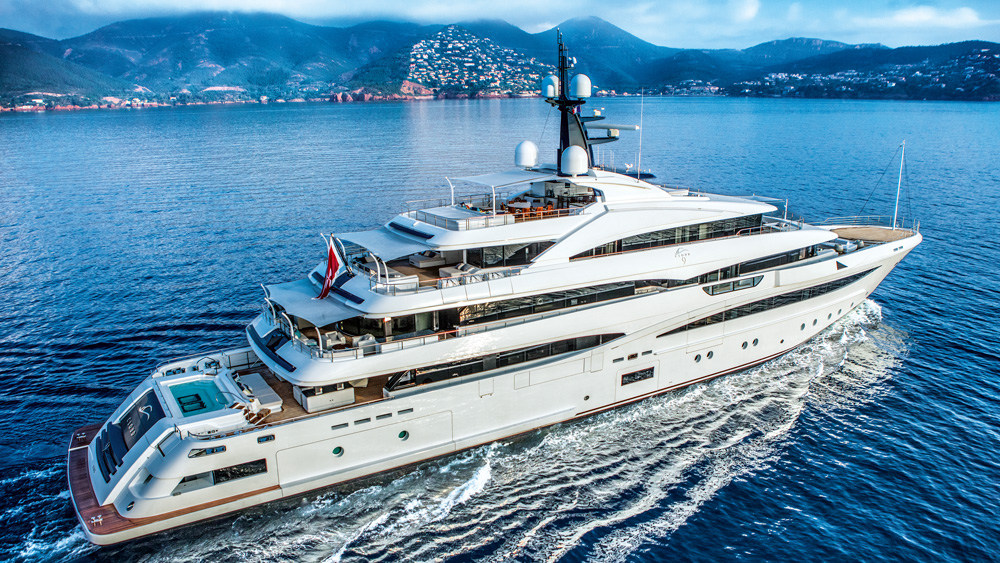 CRN's Cloud 9 superyacht