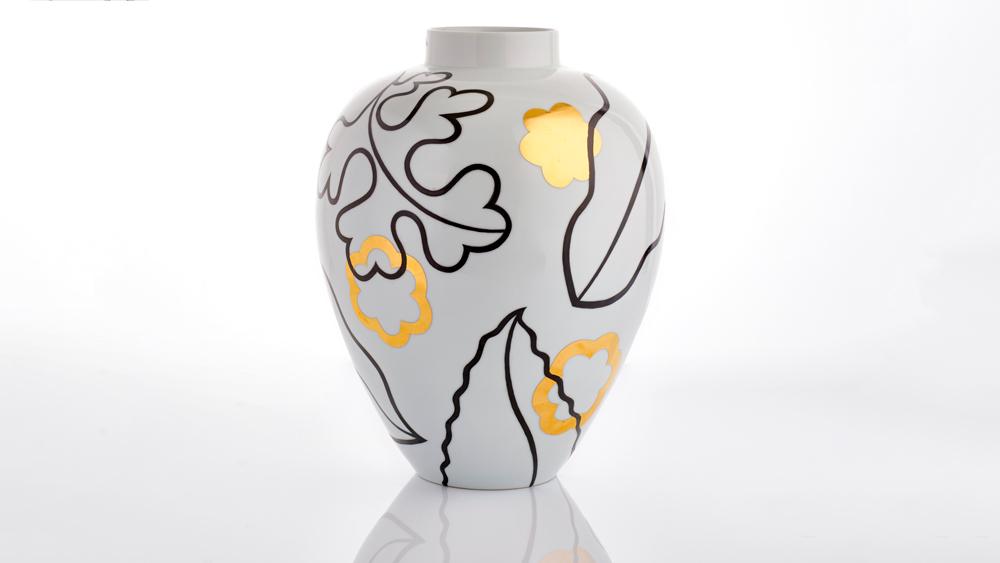 Felicity Aylieff vase
