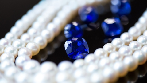 GemGenève, Kashmir sapphires and pearls.