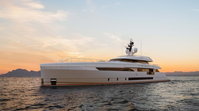 Wider 165 Italian superyacht