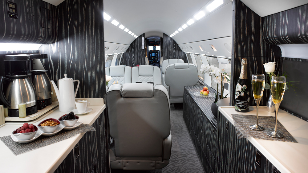 JetReady Gulfstream GIV-SP interior