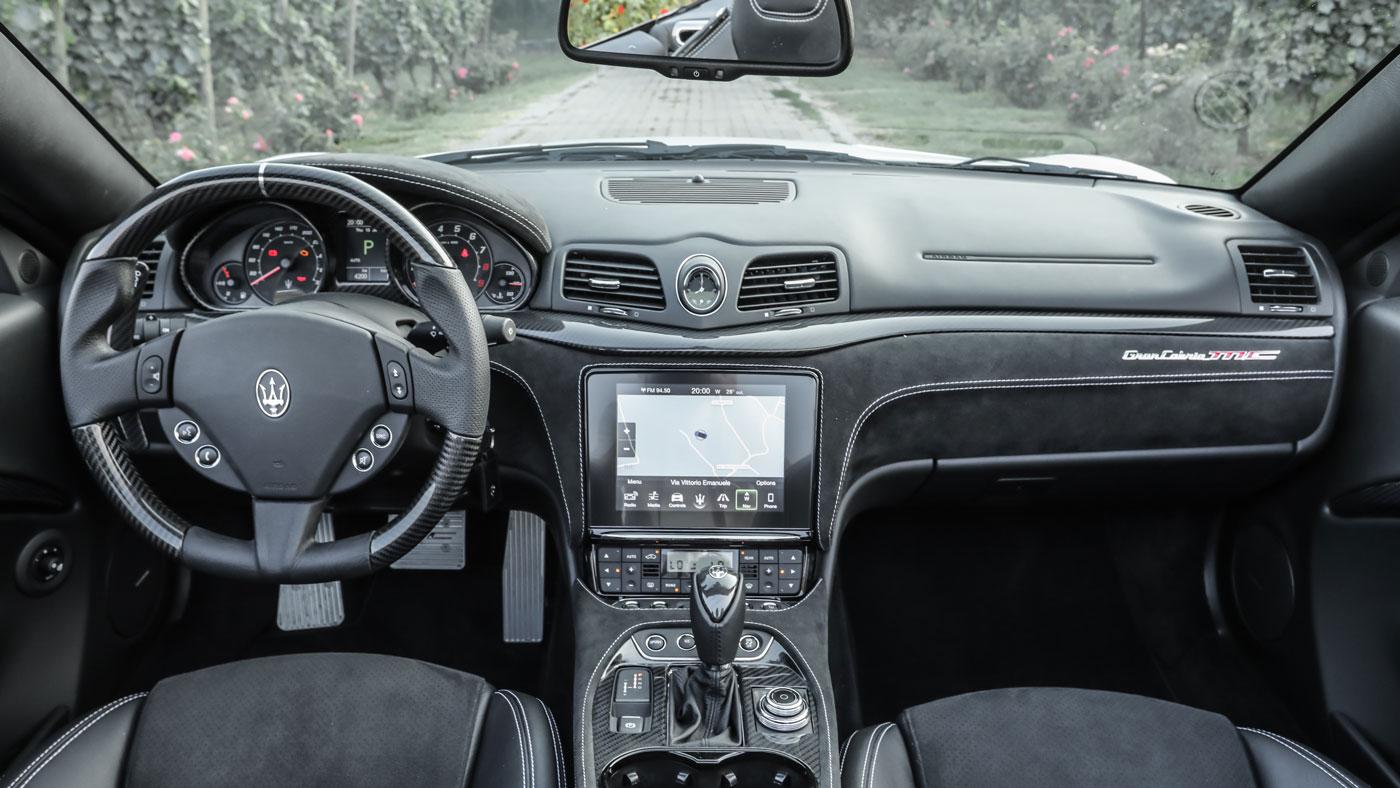 The interior of a 2018 Maserati GranTurismo convertible.
