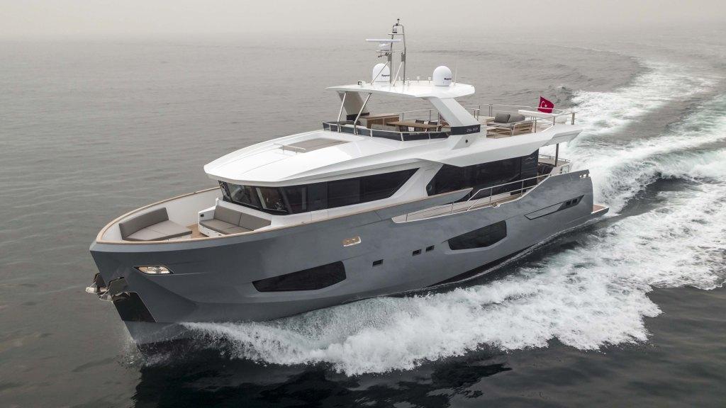 Numarine 26XP Explorer Yacht
