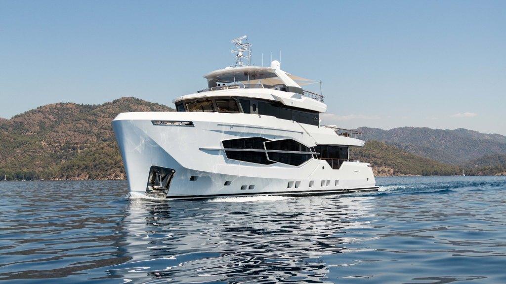 Numarine 32XP Marla Explorer Yacht