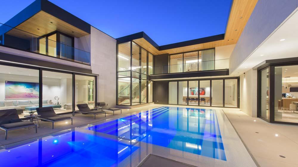 Shark House Los Angeles pool