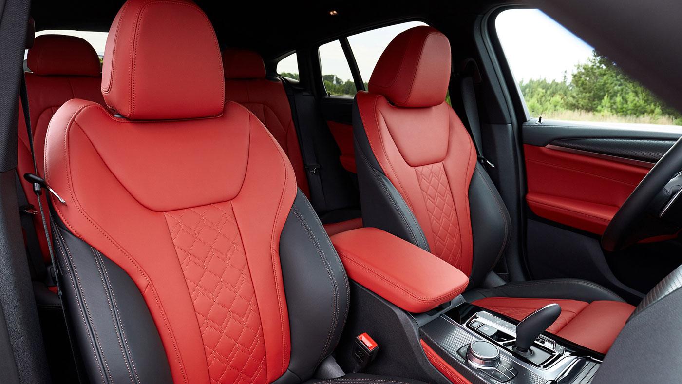 Interior of the 2019 BMW X4.