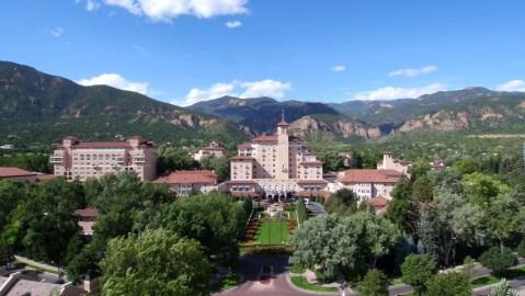Broadmoor hotel colorado