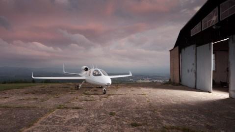 Flaris LAR 1 jet