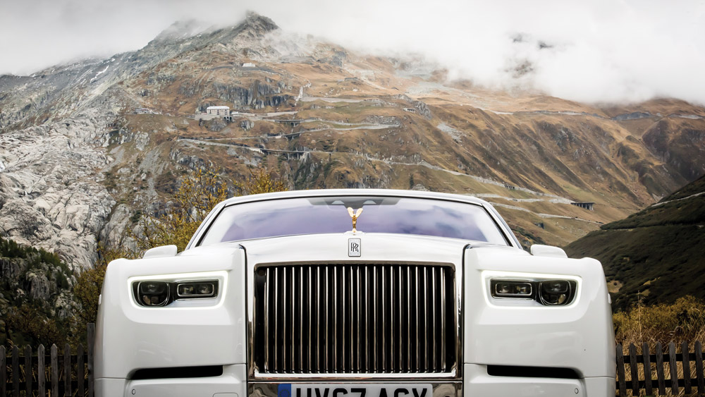 Robb Report Test Drives The New Rolls Royce Phantom In Switzerland Robb Report