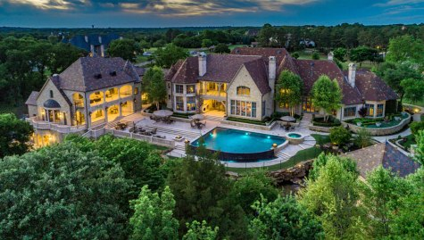two-story mansion in Texas