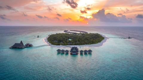 Anantara Private Jet Experience Maldives Resort